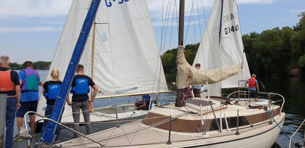 Prüfung zum Sportbootführerschein binnen (Motor & Segeln) Teil 1 1